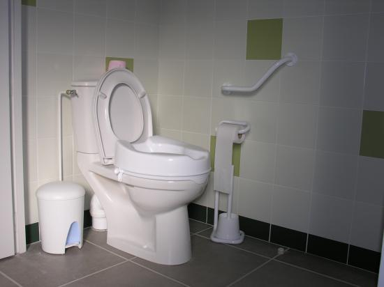 WC ADAPTE